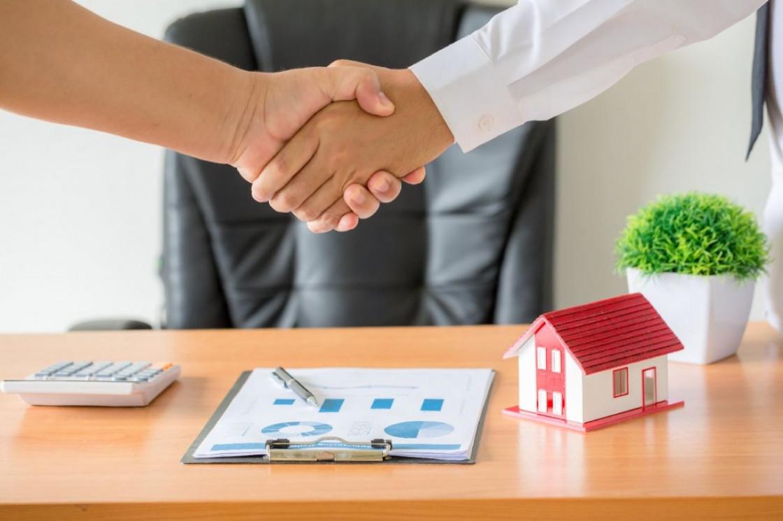Должны ли пенсионеры платить налог на недвижимость?